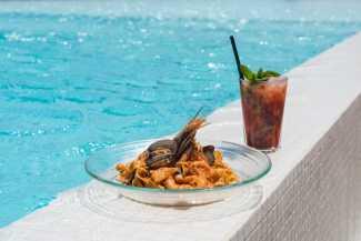 Ushuaïa Ibiza Beach Hotel. Vanguardia y exquisitez frente a frente | másDI - Magazine