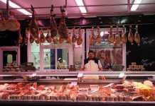 Uno de los productos más demandados del Supermercado Can Parejo es la carne, siempre de primera calidad. : C.C.