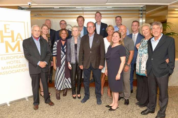 European HOtel Managers Association. Foto de familia de la Junta directiva de Ahema.