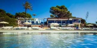 El restaurante más emblemático de ses Salines. fotos: Malibú Beach Club