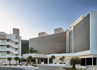 Premio Best Newcorner Hotel. Hotel Nobu Ibiza Bay situado en Talamanca