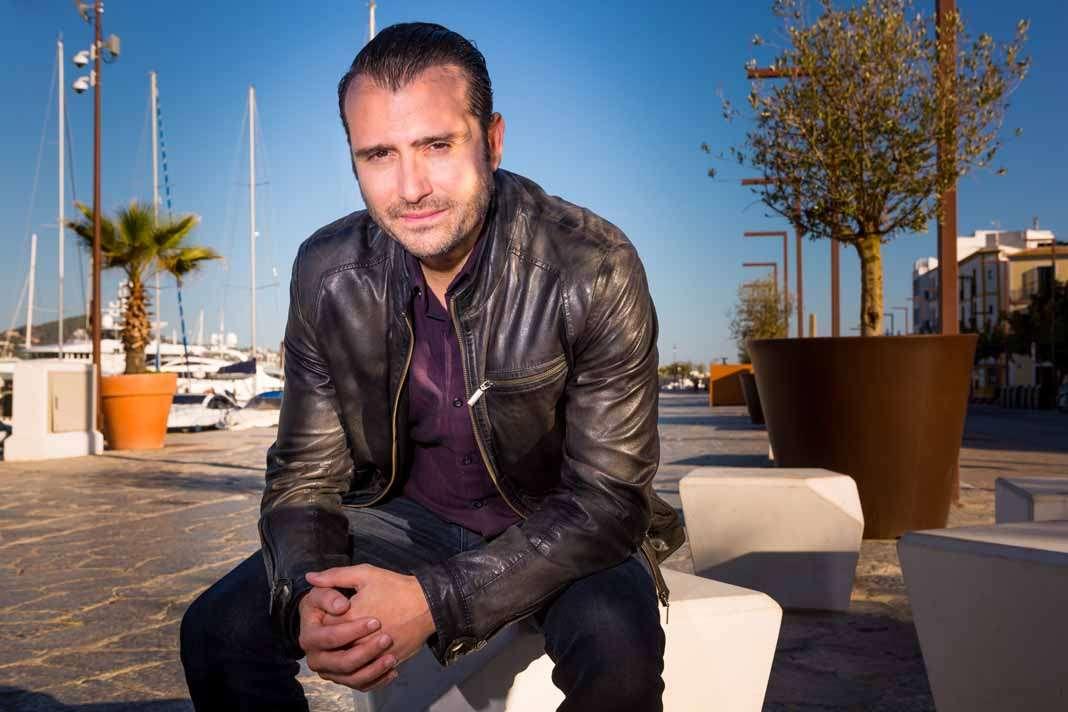 El director de 'marketing' de Palladium Hotel Group es un enamorado de la luz y el azul del cielo de la isla. Aisha Bonet