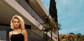 Look para fiesta. Vestido de Marciano Los Ángeles.