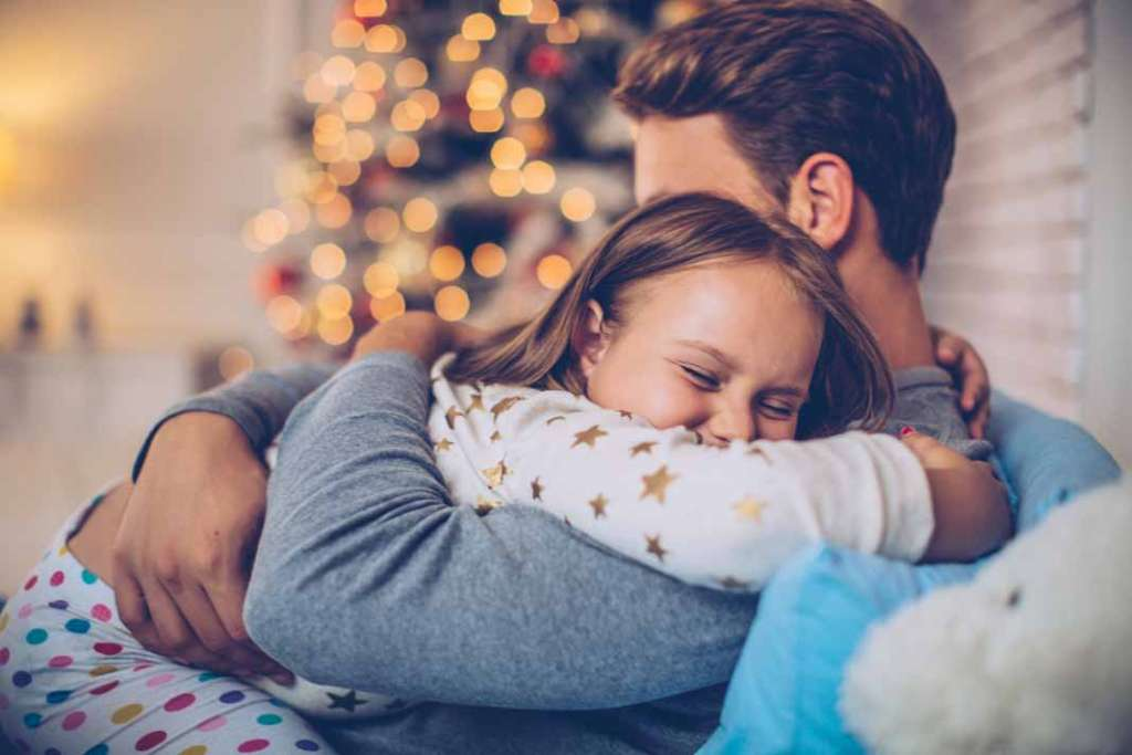 Ilusión entre luces de colores, regalos y dulces navideños | másDI - Magazine