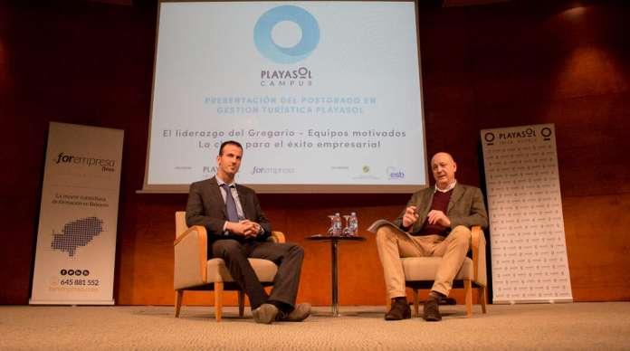 Jordi Mora, presidente de Forempresa y la Escuela Superior Balear junto a Antonio Domenech, director general de Playasol Ibiza Hotels. Claves del éxito playasol ibiza hotels forempresa.