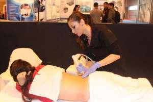 Eiviestetic, del Grupo Policlínica, ofreció demostraciones. grupo policlínica.