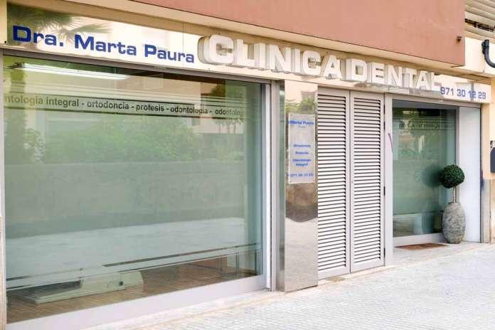 Clínica dental doctora Marta Paura. Quieren devolver todo el cariño que sus pacientes merecen. Foto: Sergio G. Cañizares