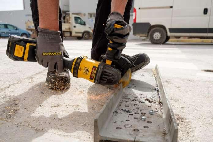 Las herramientas DeWalt ofrecen la máxima potencia sin cables. fotos: s.g.c. Rampuixa
