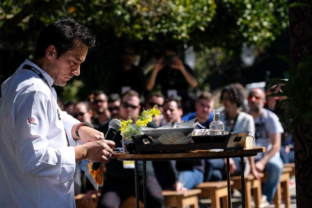 Los cuatro chefs compartieron, durante sus ponencias, experiencias de sus trayectorias como cocineros, la razón que les llevó a serlo y su visión de la gastronomía actual. fotos. sergio g. cañizares Estrella Michelin