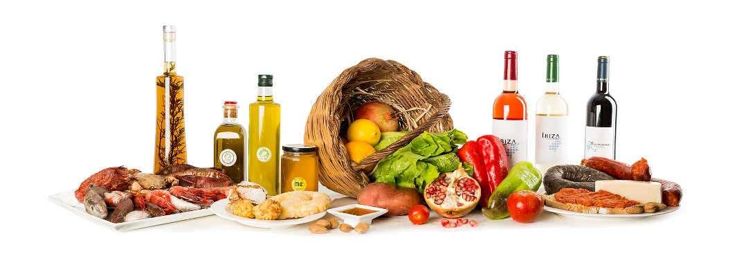 Los productos más emblemáticos de Eivissa son la base de nuestra gastronomía, y aportan los sabores específicos de las recetas más tradicionales.