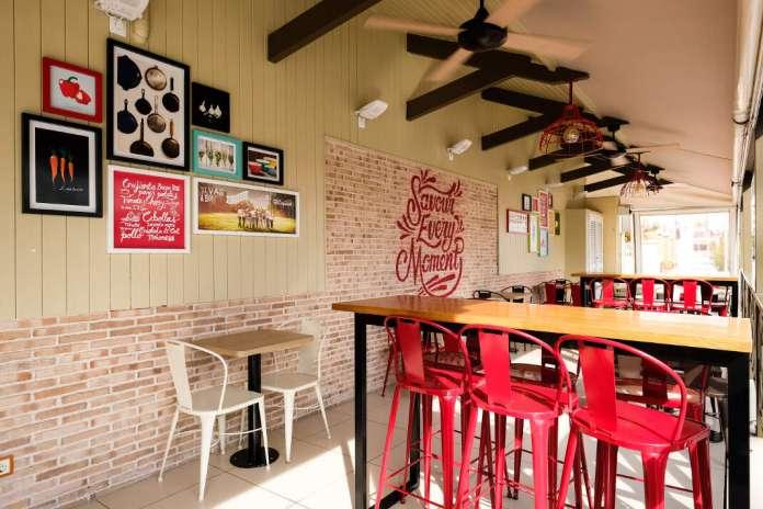 Restaurante Pizza Hut - KFC, Playa den Bossa. Foto: Sergio G. Cañizares Nuevos locales KFC Pizza Hut en Ibiza
