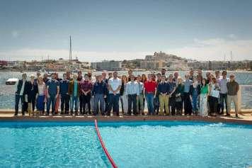 Equipo de trabajadores de Ambiseint en Eivissa.