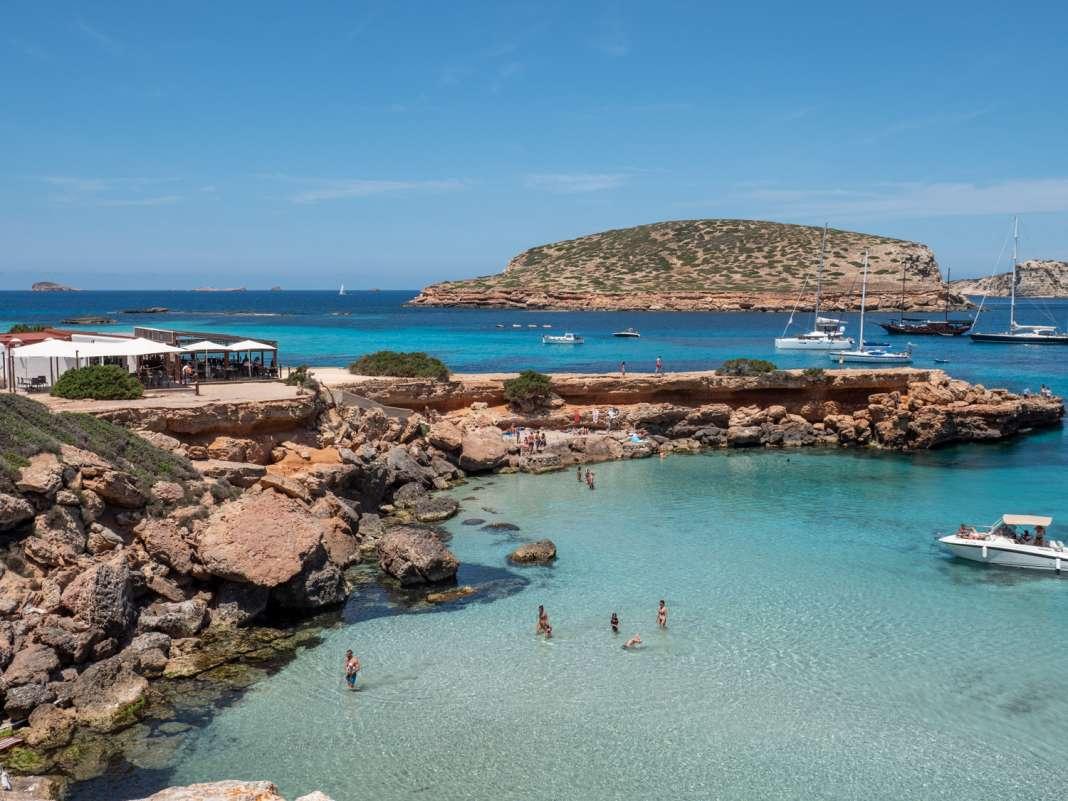 La ubicación de Ses Roques es de las más privilegiadas de la isla, con unas vistas de impacto.