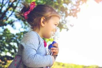 Los inhaladores son otro elemento indispensable en las escuelas de verano.