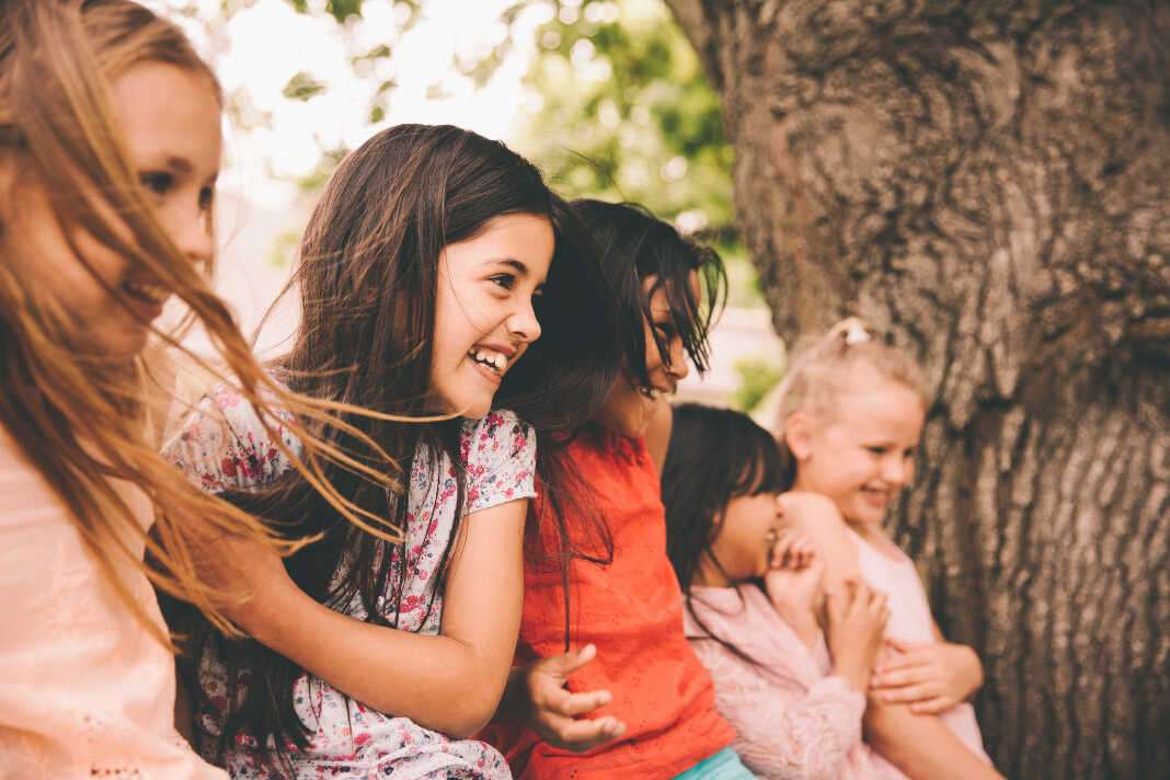 La Seicap alerta de la necesidad de formar a los monitores de campamentos y escuelas de verano para evitar riesgos entre los niños. Fotos: iStock