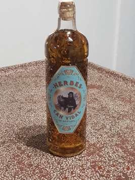 La marca homenajea a Eulària Roig Ramon, quien junto a Vicente Torres Torres empezó el negocio.