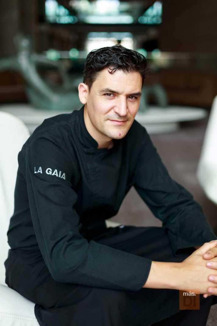 Óscar Molina es el responsable de la cocina de La Gaia, en el Ibiza Gran Hotel.