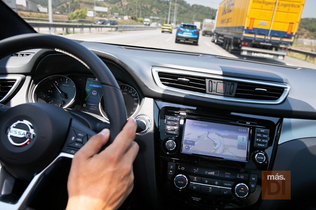 Nissan trabajará para introducir la conducción autónoma en vías urbanas