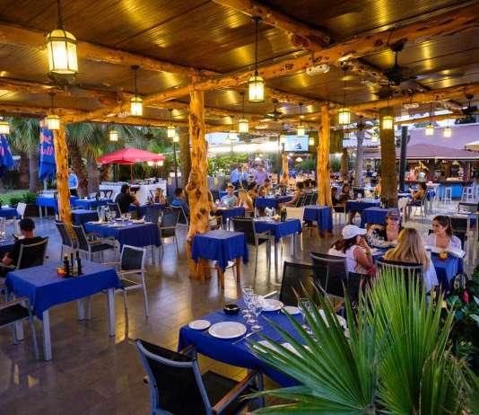 Una agradable terraza en el Restaurante Asador Sissi's