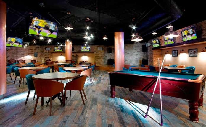 el sports bar más grande de ibiza