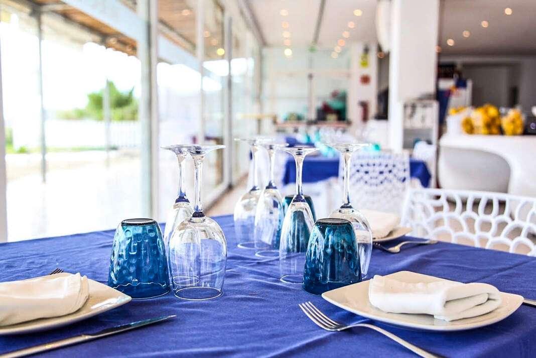 Vuelve su menú semanal por tan solo 17 euros. fotos: bali beach club ibiza