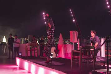 El Fuego va acompañado de ritmos flamencos.