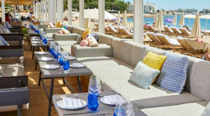 Chiringuito blue Ibiza: nueva experiencia mediterránea en Ibiza.