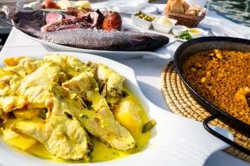 El tradicional 'bullit de peix' con arroz a banda es un clásico de Es Nàutic.