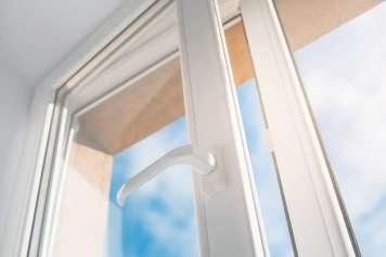 Dejar una ventana abierta es una invitación a los ladrones.
