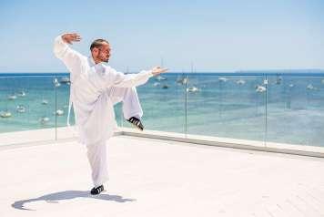Mario Simon, terapeuta de Ibiza Bay Spa, impartirá la clase de Tai Chi.