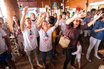 Los asistentes bailando tras el almuerzo. Fotos: S. G. Cañizares