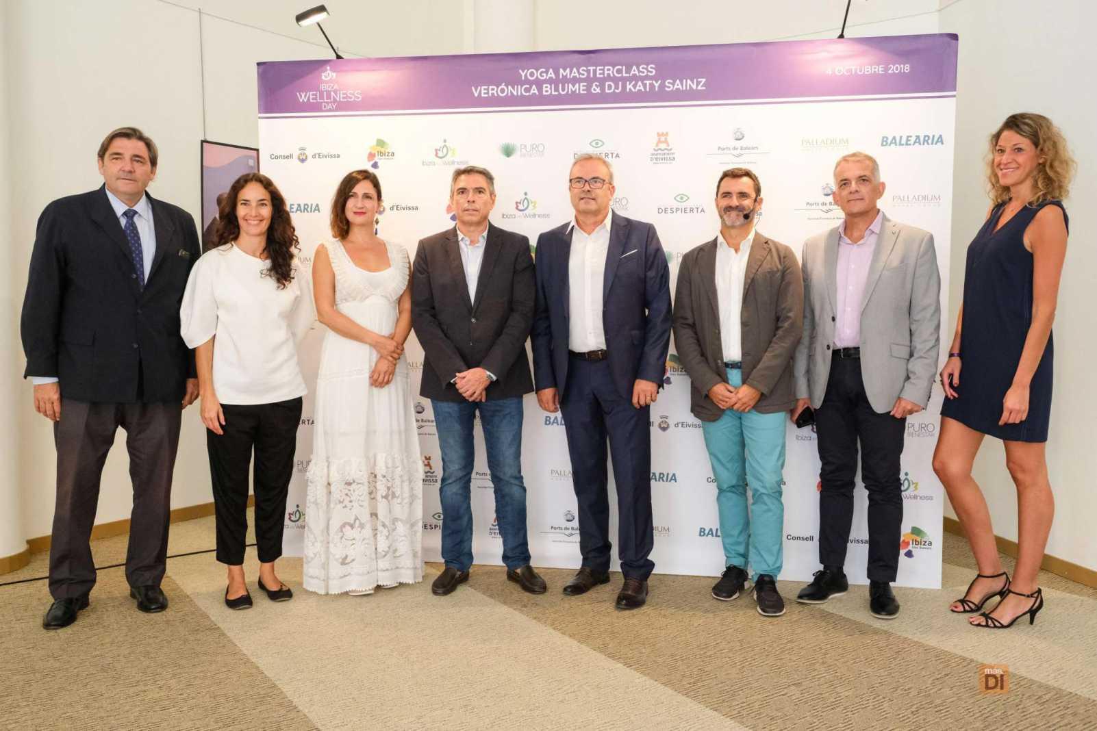 Responsables políticos, patrocinadores e impulsores de la jornada, en el Club Diario.