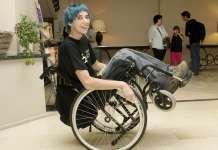 Albert Casals, en una imagen tomada en 2012, ha recorrido medio mundo en silla de ruedas. EFE