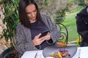 Las redes permiten compartir ideas entre usuarios con gustos y aficiones similares.