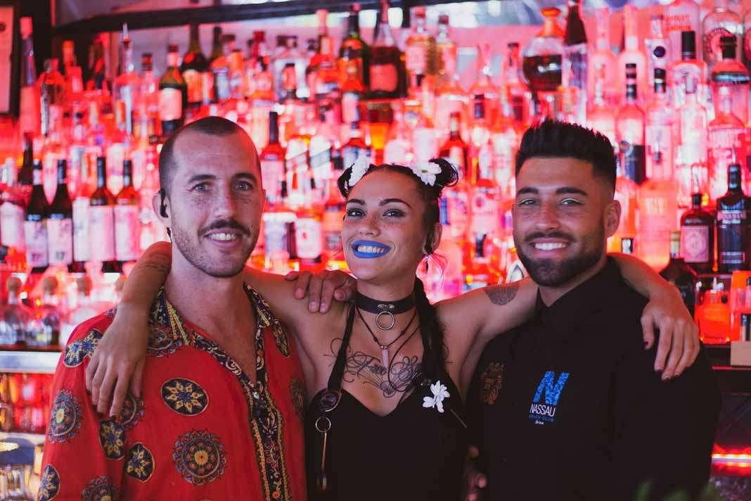 Parte del equipo de 'bartenders'.